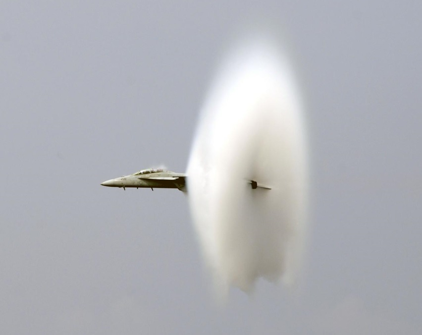 airplane breaking the speed of sound
